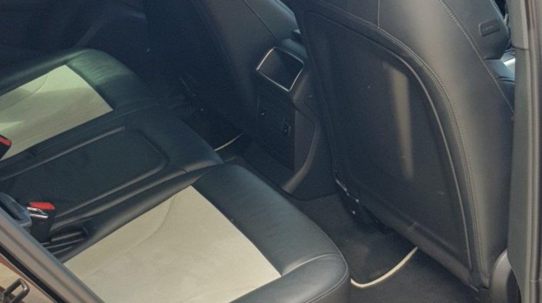 Audi SQ5 Biturbo 2014