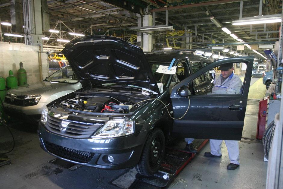 Automobile Dacia a oprit productia cu trei zile mai devreme in acest an