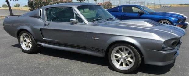 Autoritatile americane au scos la vanzare 149 de masini confiscate de la un cuplu care ar fi furat 800 de milioane de dolari