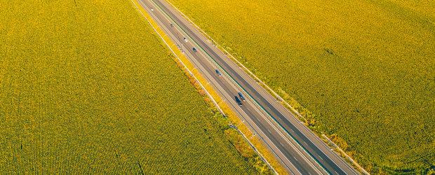 Autoritatile nu opresc utilajele pe Autostrada Soarelui. Lucrarile de reabilitare vor continua pe tot parcursul verii