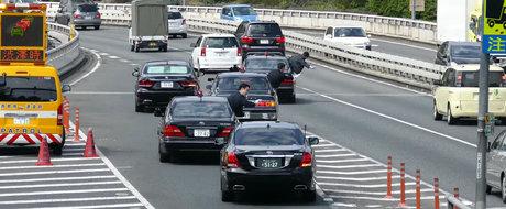 Aviz noului guvern PSD! Cum circula Premierul Japoniei cu escorta in trafic