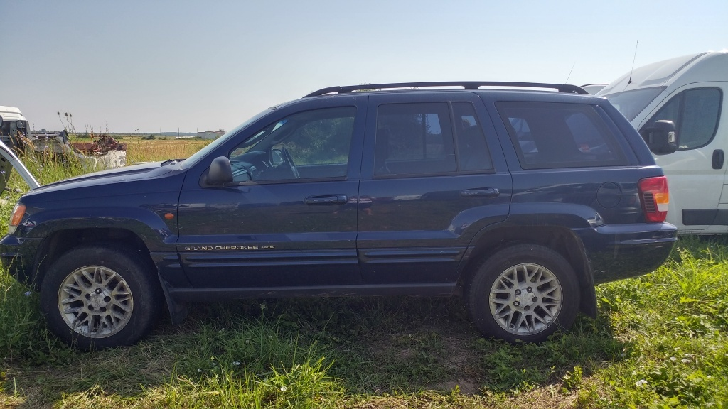 Ax came Jeep Grand Cherokee 2004 SUV 2.7 CRD