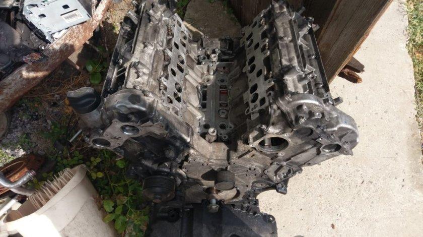 Baie ulei Mercedes R320 350 r class w251 motor 3.0 v6 om642