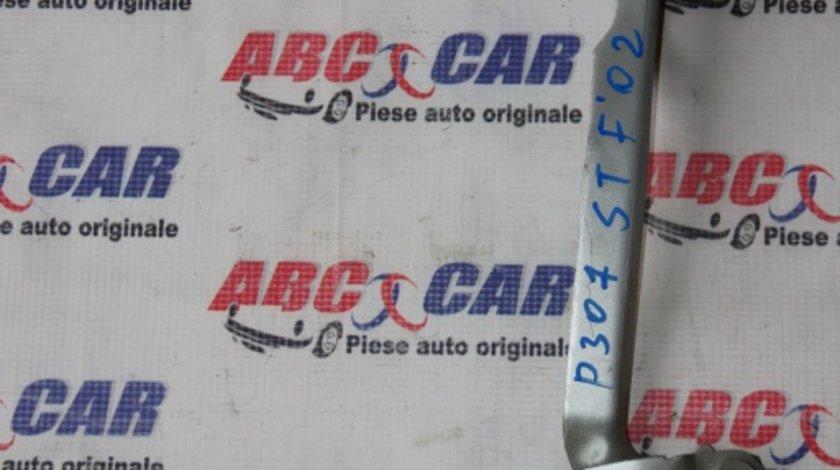 Balama capota fata stanga Peugeot 307 model 2002