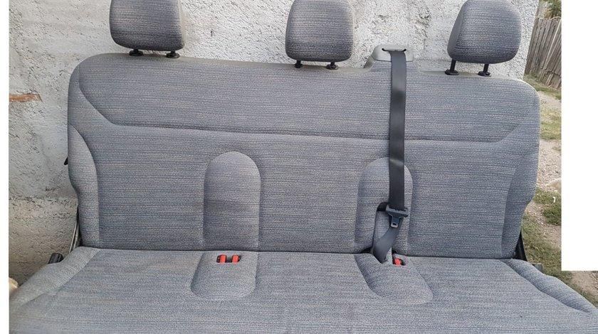 Bancheta 3 locuri Renault Trafic,Opel Vivaro,Nissan Primastar,etc