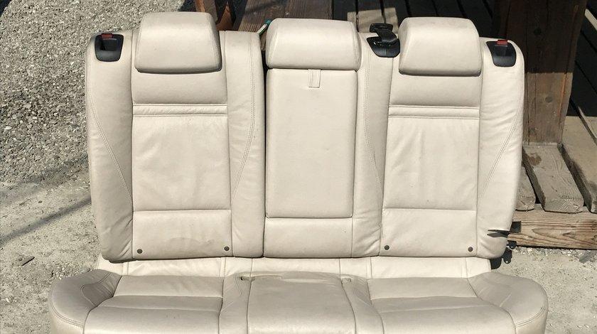 Bancheta spate BMW X6 E71 cu 3 locuri