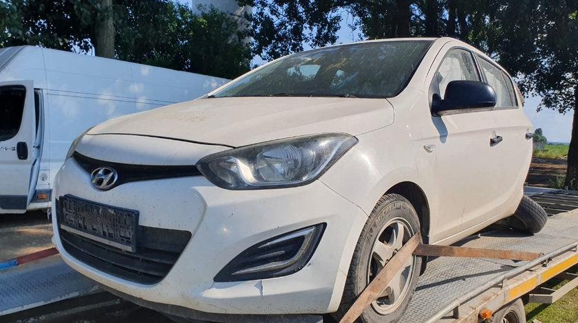 Bancheta spate Hyundai i20 2013 facelift 1.2 benzina G4LA