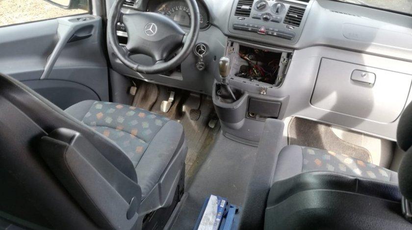 Bancheta spate interior complet 5 scaune Mercedes Vito 111cdi w639 motor 2.2cdi 646 dezmembrez dezmembrari