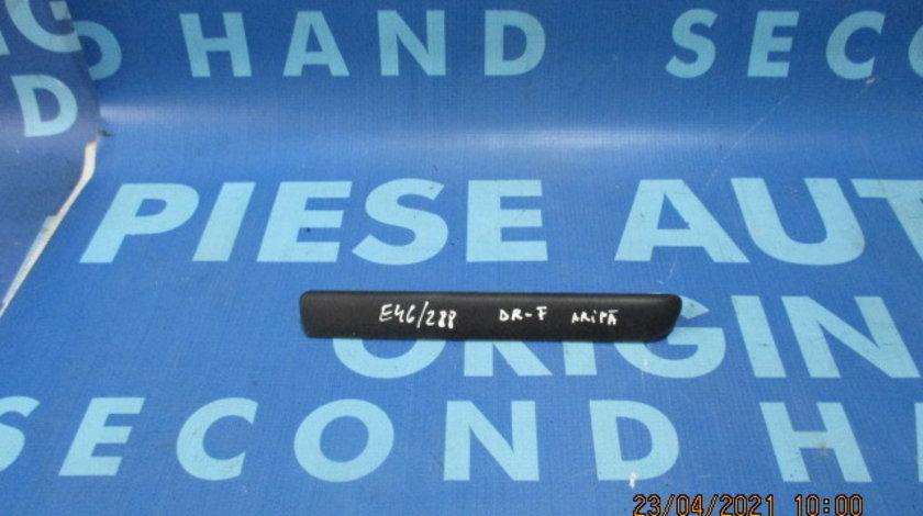 Bandou aripa BMW E46;  8208447 // 8208448