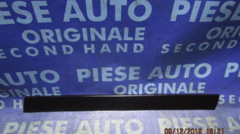 Bandou portiere VW Passat B5 2001; 3B0854940 // 3B0854950