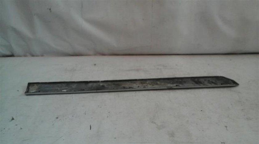 Bandou usa dreapta fata Mitsubishi Outlander An 2006-2012; cod 5727A030 ST21934