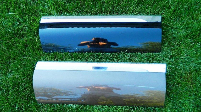 Bandou usa stanga spate VW Touareg 7P model 2012-2015 cod 7P6854949