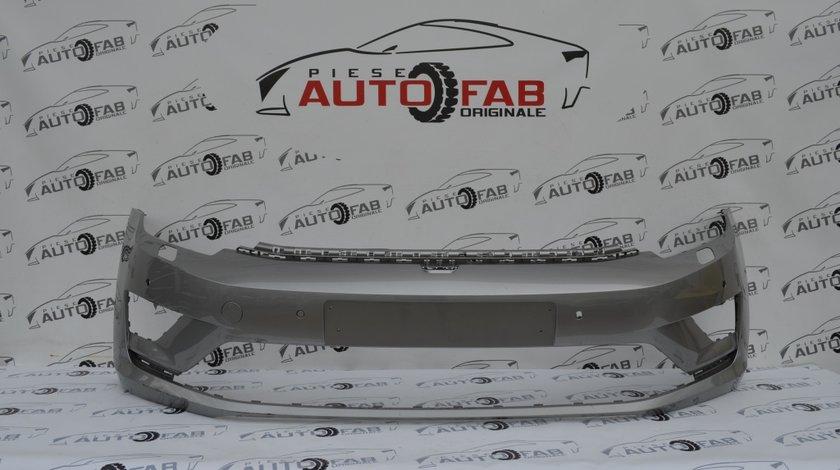 Bară faţă Volkswagen Golf 7 Plus Sportvan an 2014-2018 cu găuri pentru Parktronic şi spălătoare faruri
