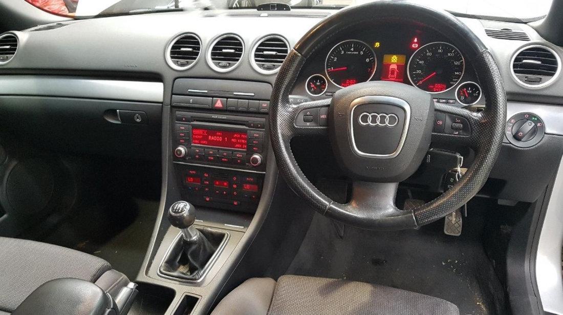 Bara fata Audi A4 B7 2007 Cabrio 1.8 TFSI