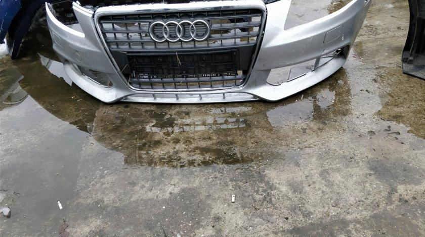 Bara fata cu grila radiator/centrala Audi A4 B8 2008/2011 8K0807437A