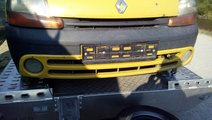 Bara fata cu proiectoare Renault Kangoo 2002