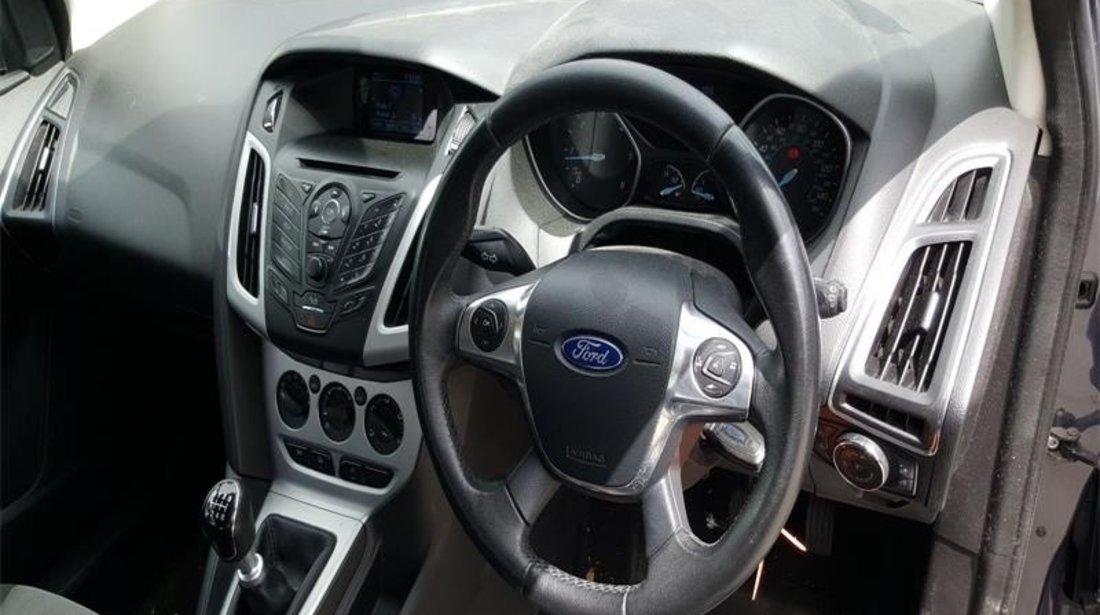 Bara fata Ford Focus Mk3 2012 Hatchback 1.6 CR TC