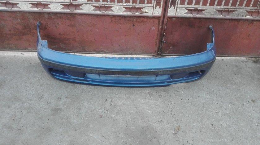 Bara fata Nissan Almera 1999 Albastra