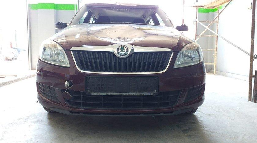 Bara fata Skoda Fabia II 2011 Hatchback 1.2i 51 kw 70cp