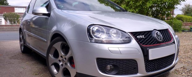 Bara fata VW Golf V GTi Look, acum la un pret special pentru tine!