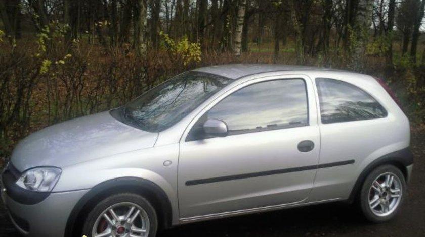 Bara spate Opel Corsa C 1 7 DI an 2001 intaritura bara spate Opel Corsa C 1 7 DI an 2001