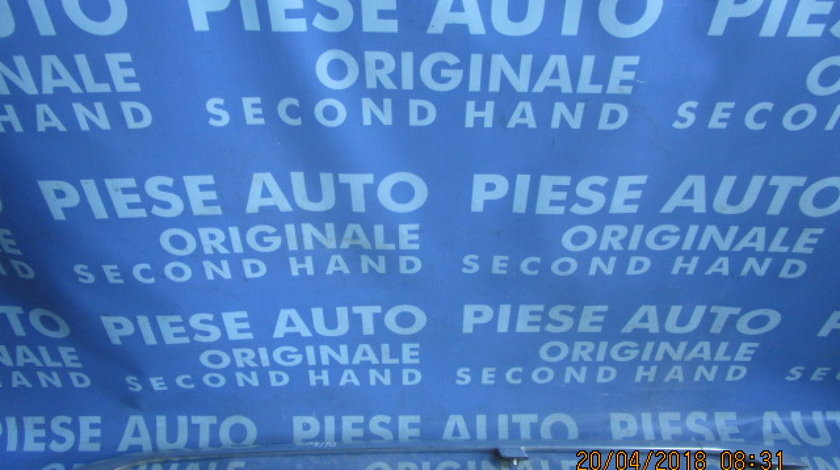 Bare transversale Audi A4 ; 8D9860037