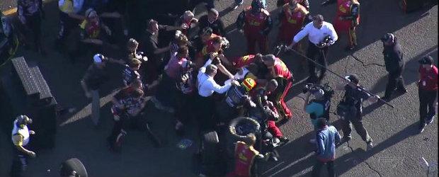 Bataie intre piloti la penultima etapa din NASCAR. VIDEO AICI!