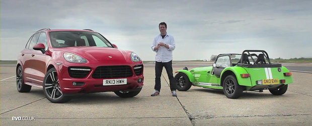 Batalia continua: Caterham Seven Supersport, fata in fata cu Porsche Cayenne Turbo S