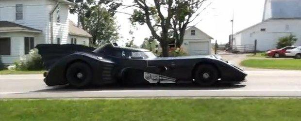 Batmobilul cu motor de elicopter chiar exista! Si este de vanzare pe internet!