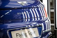 Bentley Flying Spur intra in productie