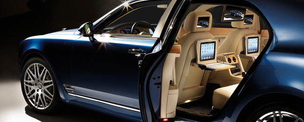 Bentley Mulsanne Executive Interior - Distractia revine pe locurile din spate