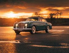 Bentley S2 Continental Flying Spur de la Lunaz Design