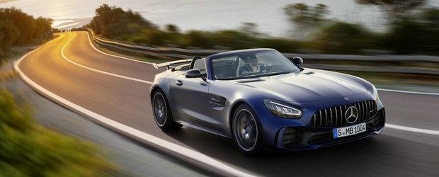 """""""Bestia Iadului Verde"""", acum si cu plafon retractabil. Acesta este noul AMG GT R Roadster"""