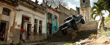 BJ Baldwin face haos pe strazile din Havana, Cuba, la volanul camionetei de 850 cp