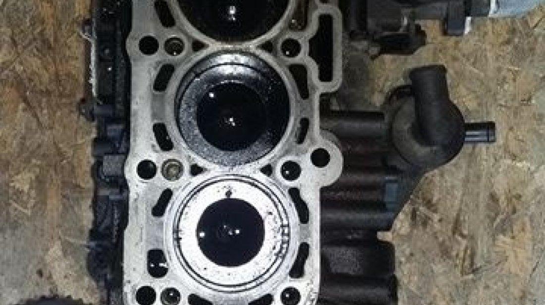 Bloc motor ambielat vw caddy III 2.0 tdi tip motor cfh cod 03l021ca