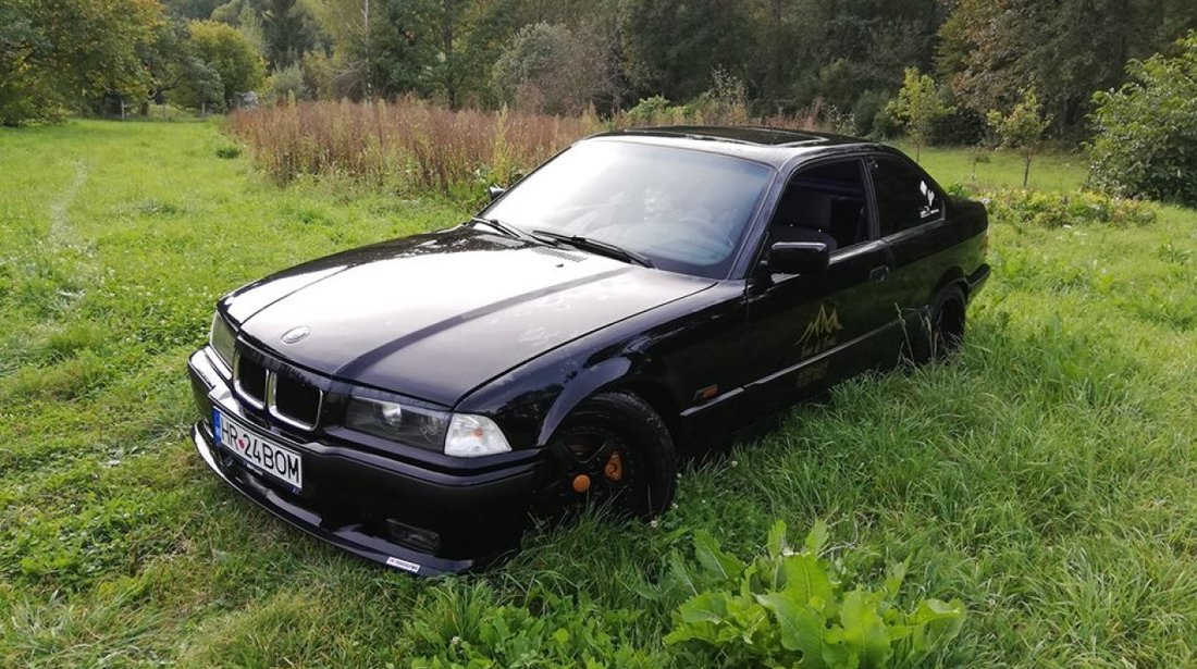 BMW 318 1.8 IS 1994