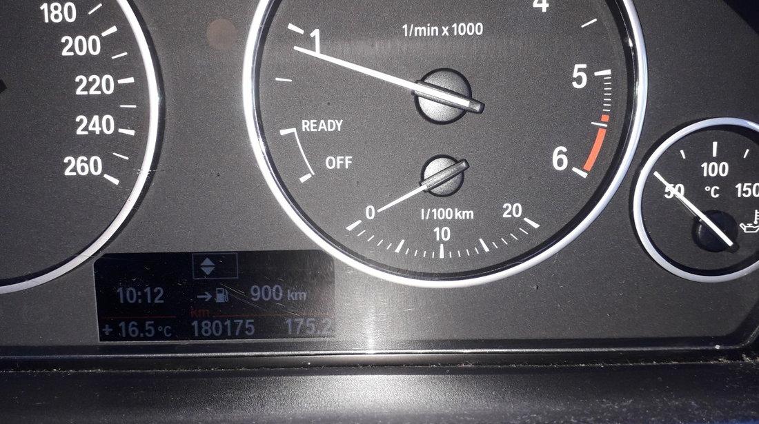 BMW 318 1.9 2013
