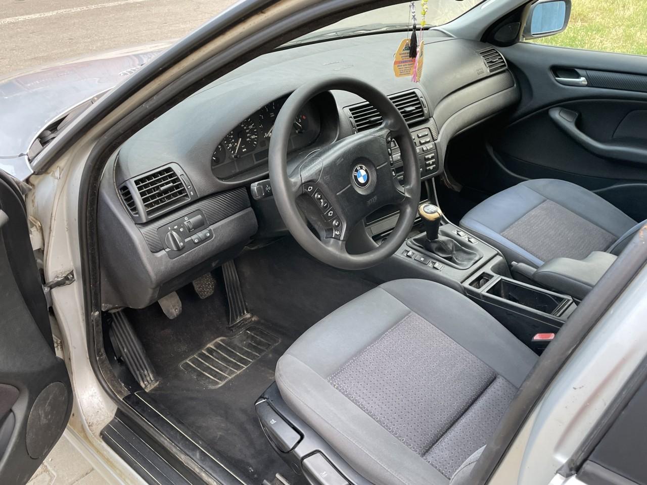 BMW 318 1.9 benzina 2003