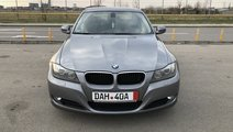BMW 318 Diesel / Automata / Keyless Go-Entry / Bi-...