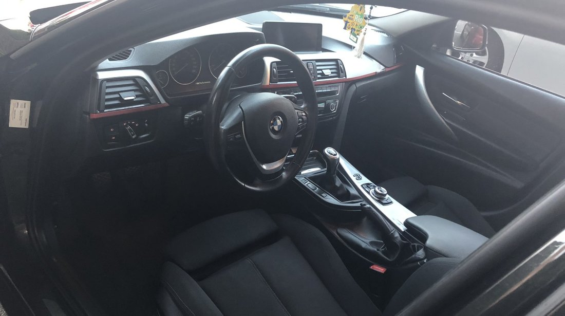 BMW 320 2.0 2012