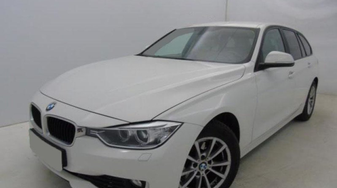 BMW 320 318d Touring Automatic Start/Stop - 1.995 cc / 143 CP 2013