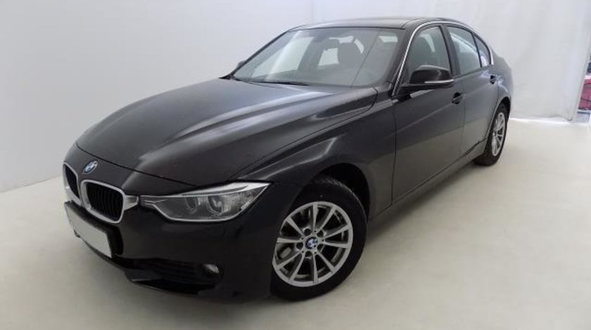 BMW 320 320d F30 xDrive Automatic 8+1 - 1.995 cc / 184 CP 2012