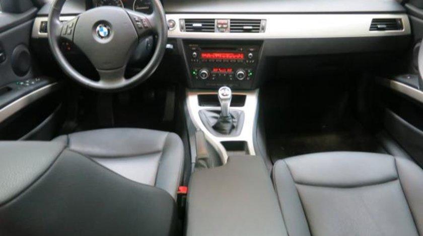 BMW 320 320d xDrive Touring Start&Stop - 1.995 cc / 184 CP 2012
