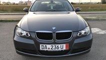 BMW 320 BMW 320d 163Cp / Navigatie / Senzori parca...