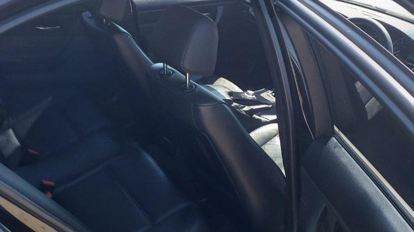 BMW 325 2.5 2015