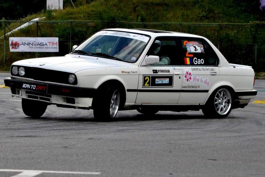 BMW 325 e30/2.5 12v/ursuletz