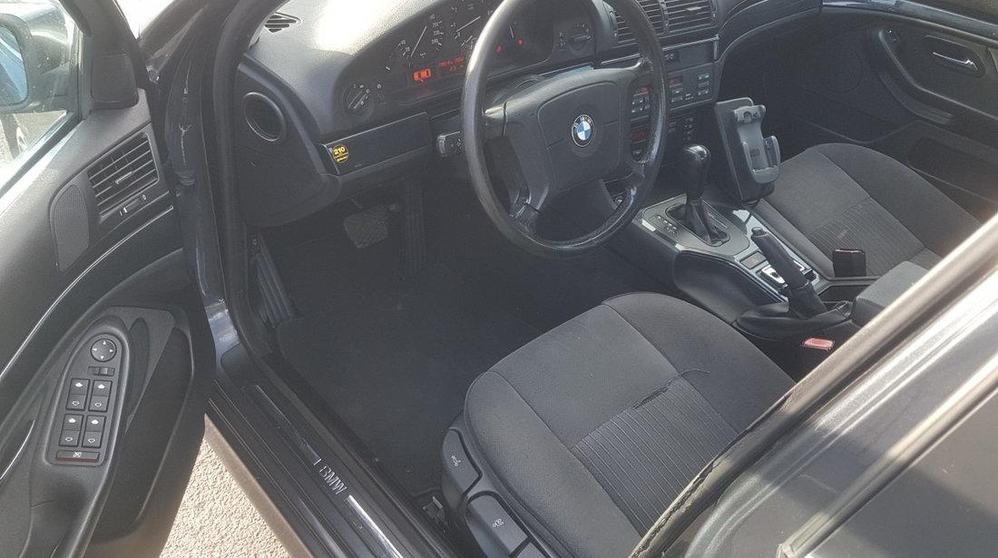 BMW 523 i Recent adus Germania Dubluclimatronic incalzire in scauneBord compiuter 1997