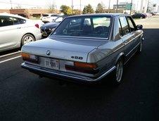 BMW 528e cu motor de Corvette