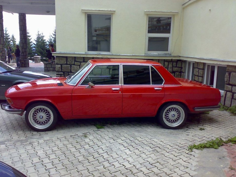 BMW 730 3.0 SI /interceptor