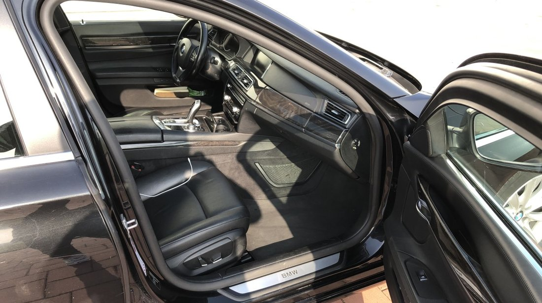 BMW 730 3.0D 2013